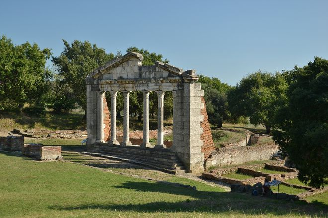 Apollonia Archaeological Park, Pojan, Albania