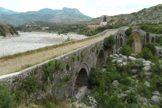 Mesi Bridge, Boks, Albania