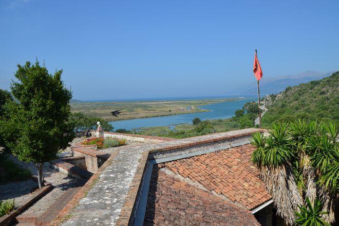 Vivar Kanal, Ksamil, Albania