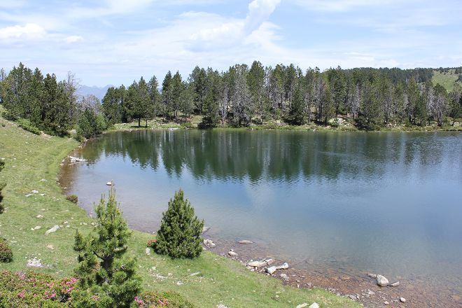La Nou Lake Trail, Escaldes-Engordany, Andorra