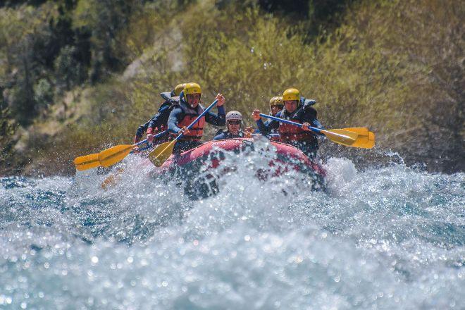Pomelos Tour Rafting, San Martin de los Andes, Argentina
