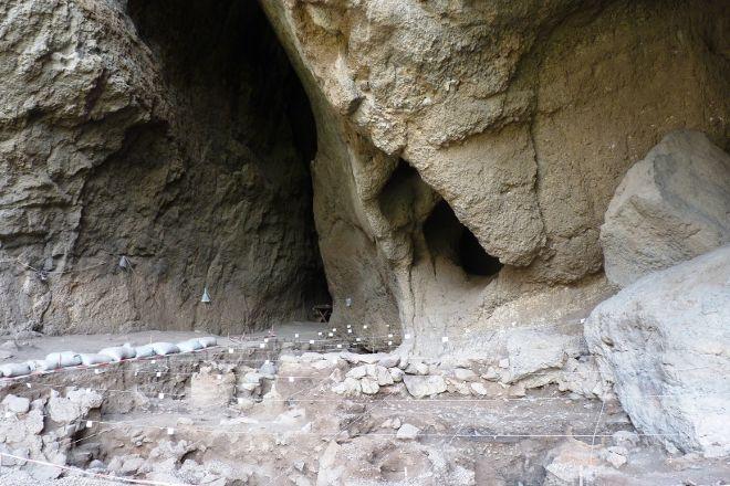 T'rchuneri (Bird) Cave, Areni, Armenia