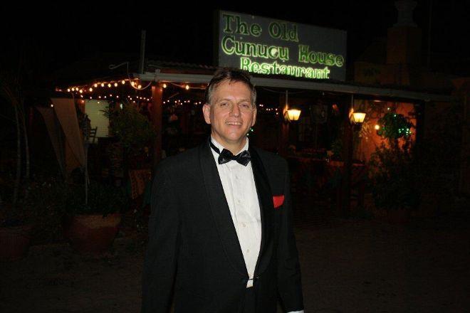 Aruba Sinatra Dinner Show, Oranjestad, Aruba