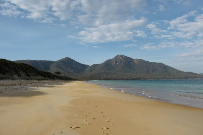 Hazards Beach, Coles Bay, Australia