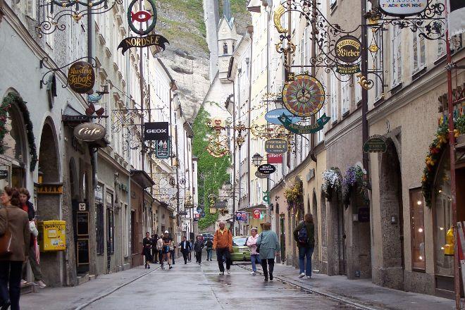 Getreidegasse, Salzburg, Austria