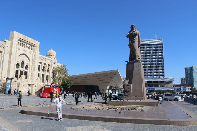 Jafar Jabbarli Statue, Baku, Azerbaijan