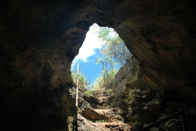 Hatchet Bay Cave, Eleuthera, Bahamas