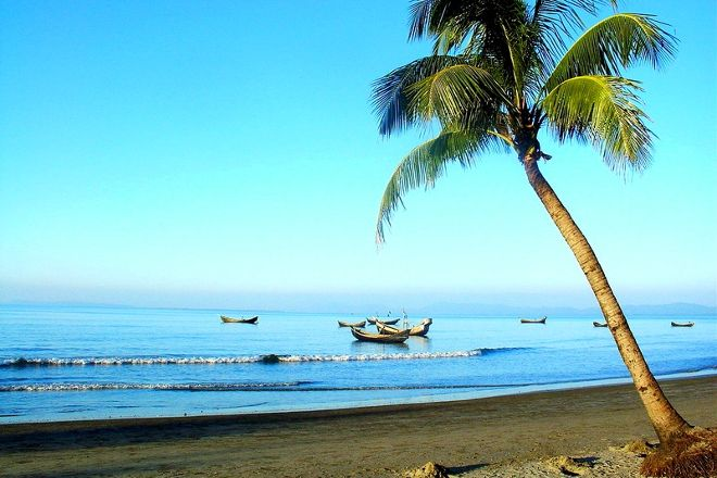Saint Martin Island West Beach, Saint Martin's Island, Bangladesh