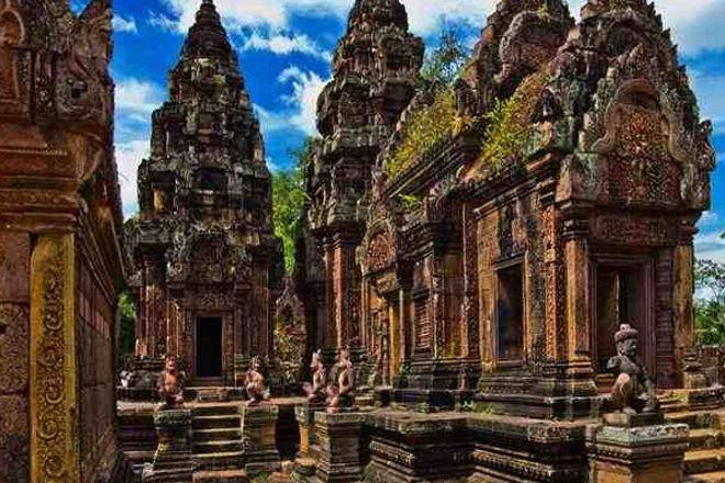 Angkor Smiling Tour, Siem Reap, Cambodia