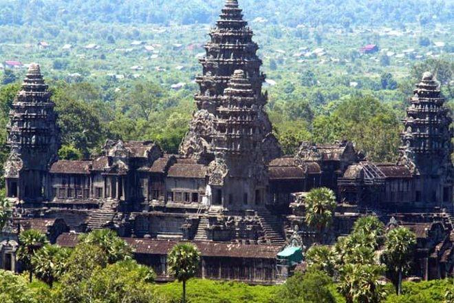 Angkor Wat Conductor, Siem Reap, Cambodia