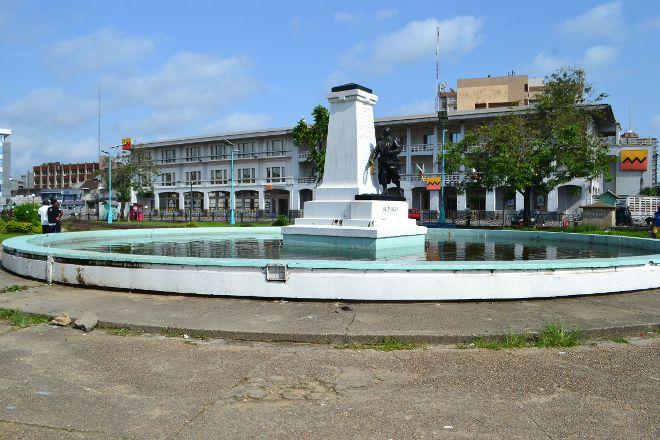 Le Monument aux Morts, Douala, Cameroon