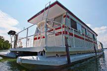 Houseboat Holidays Ltd, Gananoque, Canada
