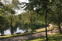 La Fontaine Park, Montreal, Canada