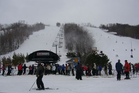 Blue Mountain Resort (Things to Do), Blue Mountains, Canada
