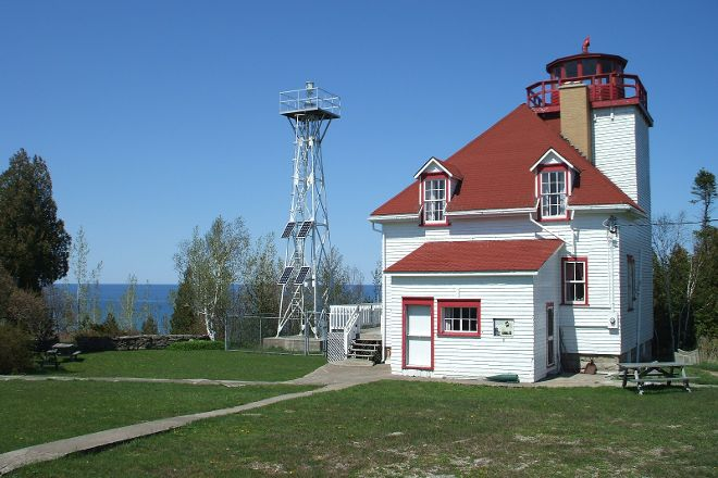 Cabot Head Lighthouse, Miller Lake, Canada