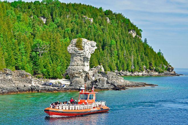 Flowerpot Island, Tobermory, Canada