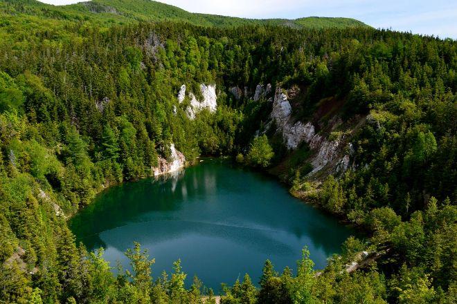 Gypsum Mine Trail, Cheticamp, Canada