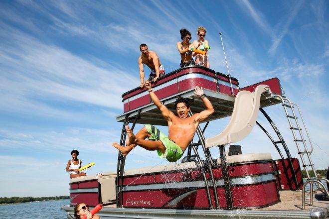 Kickin Back Boat Rentals, Kelowna, Canada