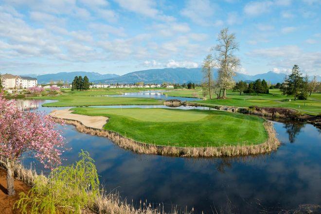 Meadow Gardens Golf Course, Pitt Meadows, Canada