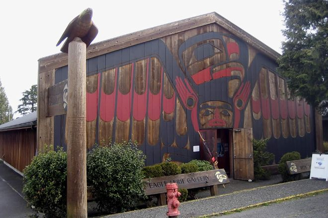 Roy Henry Vickers Gallery, Tofino, Canada