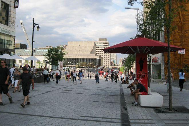 Rue Ste.-Catherine, Montreal, Canada