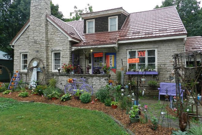 The Painted Turtle & Balloon Headquarters, Wiarton, Canada
