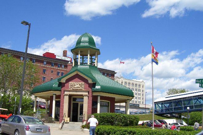 Thunder Bay Tourist Pagoda, Thunder Bay, Canada