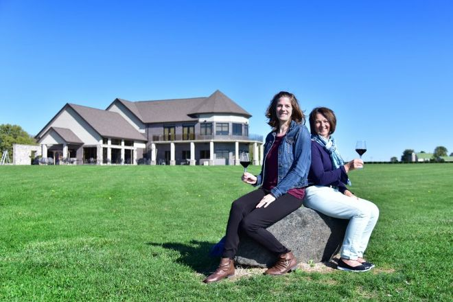 Viewpointe Estate Winery, Harrow, Canada