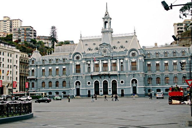 Plaza Sotomayor, Valparaiso, Chile