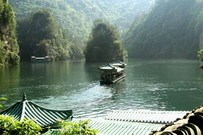 Baofeng Lake, Zhangjiajie, China