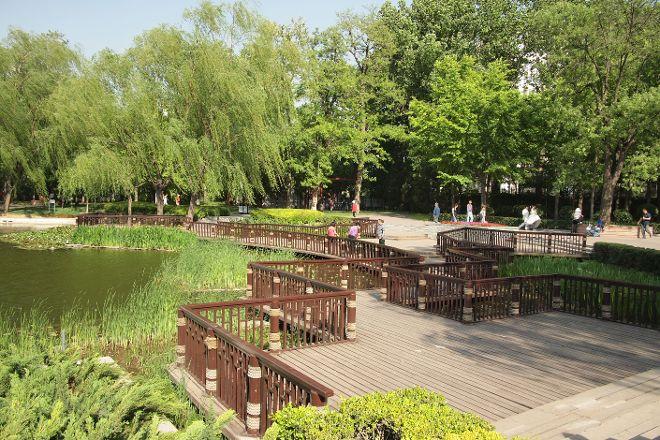 Xicheng Rending Lake Park, Beijing, China