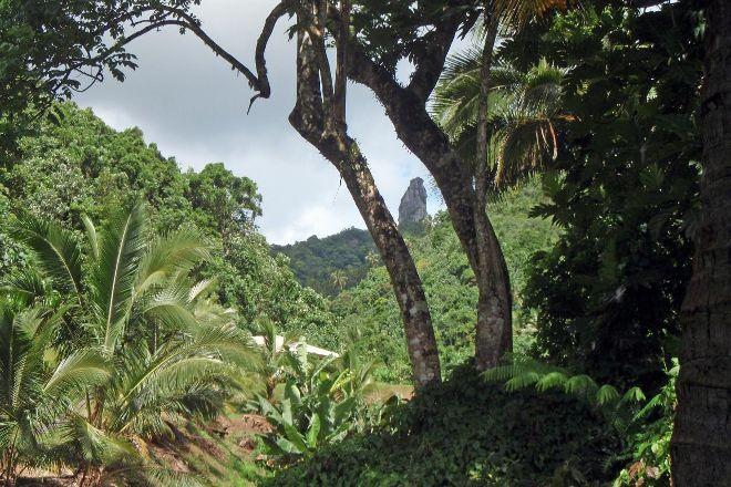 Te Rua Manga (The Needle), Rarotonga, Cook Islands
