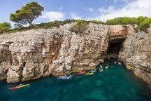 X - Adventure Sea Kayaking