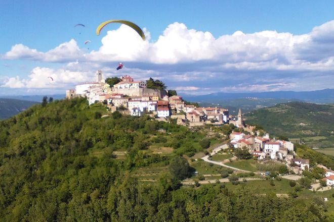 Paragliding Tandem Istra, Motovun, Croatia