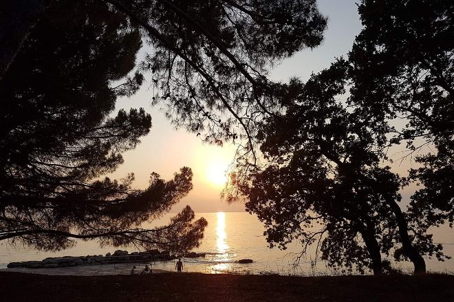 Pinesta Beach, Novigrad, Croatia