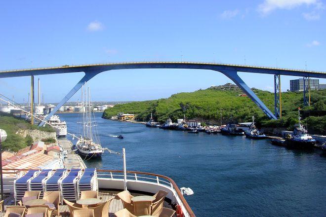Queen Juliana Bridge, Willemstad, Curacao