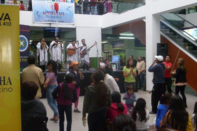 Centro Comercial Artesanal Quitus, Quito, Ecuador