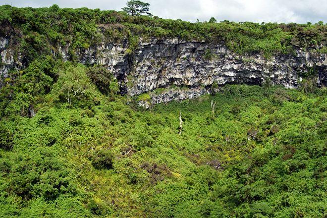 Los Gemelos, Santa Cruz, Ecuador