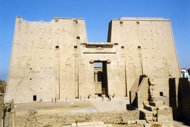 Kanais, Edfu, Egypt