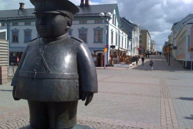 Toripolliisi, Oulu, Finland