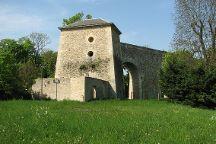 Aqueduc de Louveciennes, Louveciennes, France