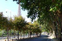 Promenade Quai Branly, Paris, France