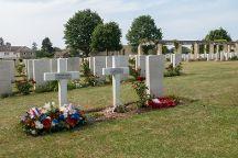 Cimetières Militaires, Ranville, France