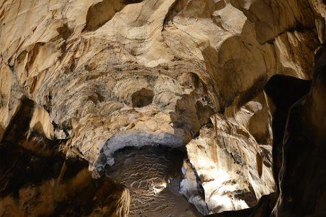 Grotte de Lombrives, Ussat, France