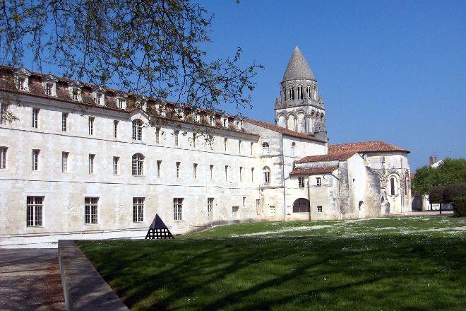 Abbaye aux Dames, Saintes, France