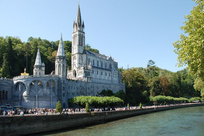 Basilique de l'Immaculee Conception, Lourdes, France