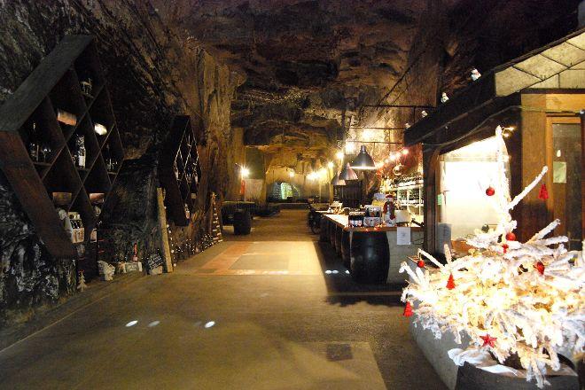 Cave Monplaisir, Chinon, France