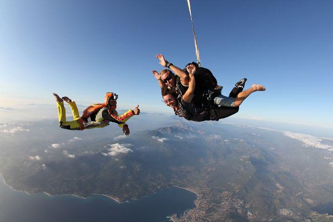 Ecole de Parachutisme du Valinco, Propriano, France
