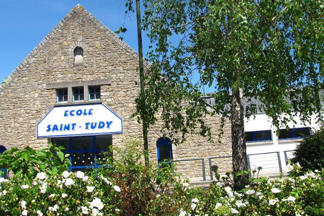 Eglise Saint-Tudy, Loctudy, France
