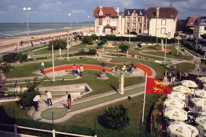 Golf miniature, Cabourg, France